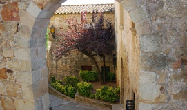 Busreis naar Pals in Spanje